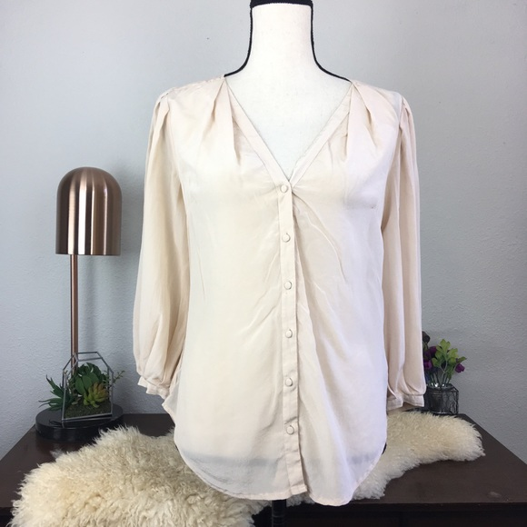 bd896b9666f4a9 Anthropologie Tops - Anthro Odille light pink silk button down blouse